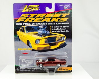 Johnny Lightning Street Freaks 1970 Rebel Machine 1/64 Diecast Car