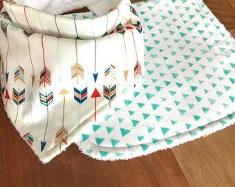 Burp cloth gift set, Bandanna Bib, drool bib, Organic Burp Cloth, Baby shower gift