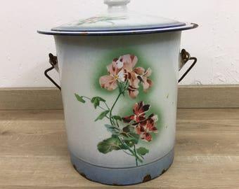 Old bucket enamel JAPY