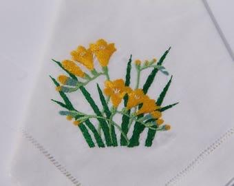 White napkin flower design