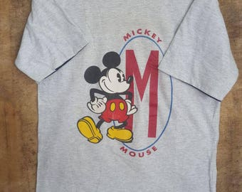 FREE SHIPPING !!! Vintage Mickey Mouse Disney Gray T-shirt Meduim Size