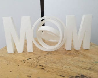 Mom 3D printed piece with rotating heart