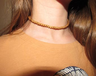 simple wooden choker