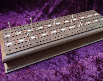 Walnut Cribbage Board (3 player)