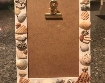 Seashell picture frame/note holder