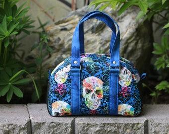 Sugar Skull Vintage-look Handbag. Pattern by Swoon