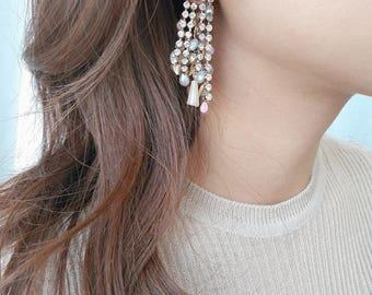 Party earrings, romantic earrings, big earrings, bold earrings, for anniversary, dangling, crystal earrings, NOAHSARK, NOAHSARKseoul