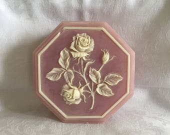 Vintage jewelry or trinket box (has chipping!)