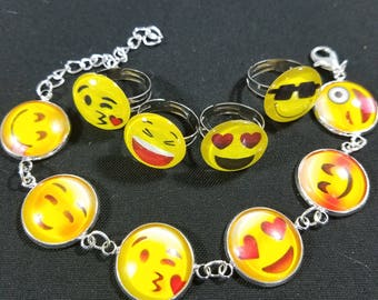 Emoji bracelet set 1 bracelet with 4 rings