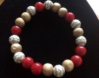 Red & wood bead bracelet