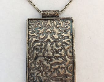 925 Silver Handmade Relief Work Pendant With Silver Chain