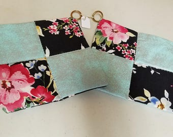 Set Of Two Quilted Pot Holder, Trivets, Hot Pad, hot mat
