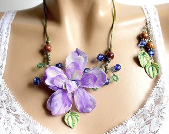 Purple and leaf dogwood flower set.