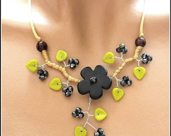 Black and Green Flower necklace ceramic