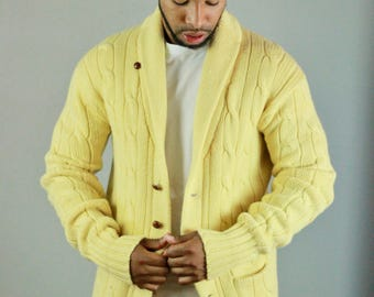 Ralph Lauren Cardigan. Yellow Cardigan. Yellow Sweater. Mens Sweater. Banana. Yellow. Vintage Ralph Lauren. Vintage Cardigan. Ralph Lauren