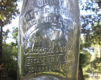 IL Edwardsville Creamery Edwardsville Illinois Half Pint Milk Bottle
