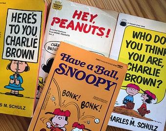 Peanuts 1st Printing Comic Strip Compilations Fawcett Crest Lot of 4