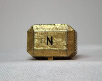 Vintage Norell Concentrated Perfume Pill Box