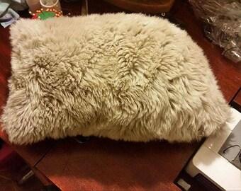furr felt pillow