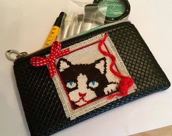 Makeup bag or tote for any kitten decor