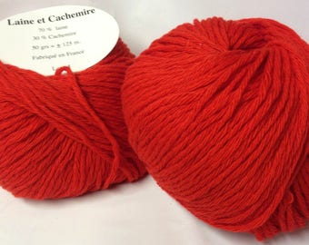 5 balls /rouge/ wool and cashmere made in FRANCE