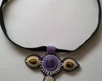 Crew neck, with colorful on cabochon amethyst and Tiger eye