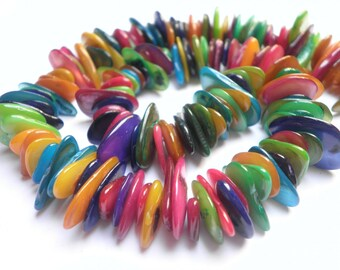 1 strand of 30 cm of multicolored 4/7 mm x 8/15 mm mother-of-Pearl chips
