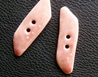 Set of 2 buttons long bright pink