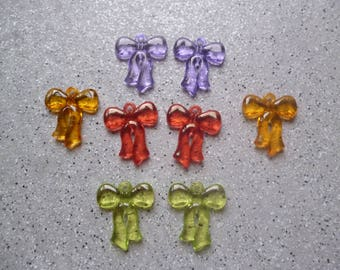 8 color plastic bow charms
