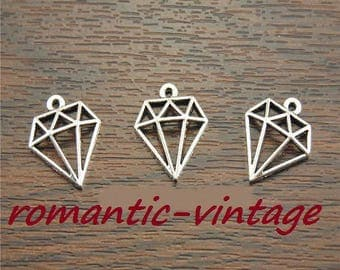 "4 charms pendants 19 * 11mm antique silver ""diamond"" triangle shape"