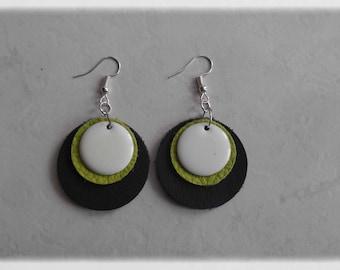 Earrings leather-earrings black/lime/sequins round enamelled white