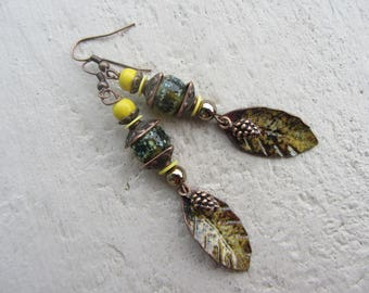 Earrings fall leaves yellow enamelled copper speckled glass beads, sequins, glitter, washers, copper, yellow and Brown