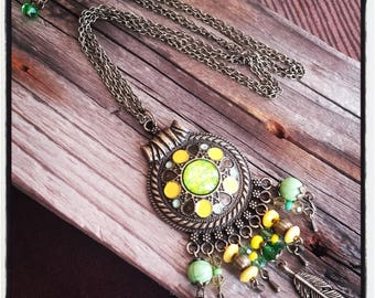 double bronze chain, bronze pendant and charms beads yellow/green necklace