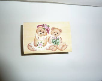 box wooden jewelry patina, featuring two cubs