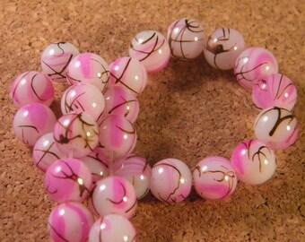 glass 8 mm pink speckled black - PE107 trefilee 50 beads