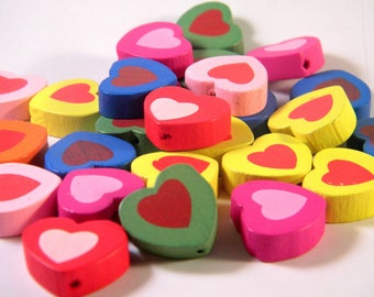 10 Pearl Heart colored painted wooden multicolor B03