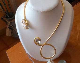Pretty necklace with aluminum wire smooth 4mm with Rhinestone ball.