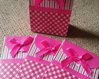 cardboard flap Plaid and striped gift box