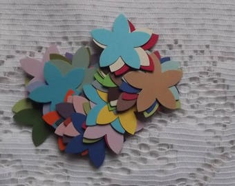 Set of 50 flowers for your scrapbooking creations.