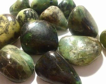 approximately 3.5 cm 1 rolled serpentine stone