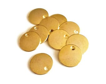 x 10 smooth gold sequins, 16mm O charm