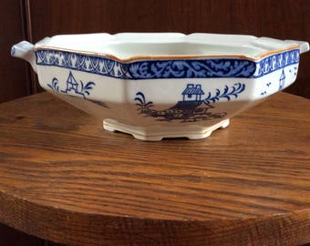 Woods Ware Woods & Sons Alva blue and white Porcelain Caserole - Crock - Serving Bowl