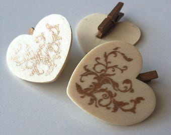 On clip, beige and gold wooden heart.
