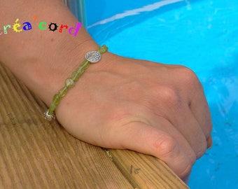 Olivine stone elastic bracelet