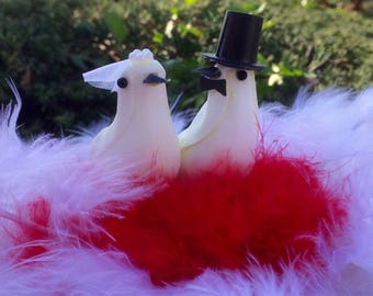 Red and white wedding centerpiece couple of doves, white and red wedding centerpiece with doves