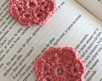 Coral crochet flowers