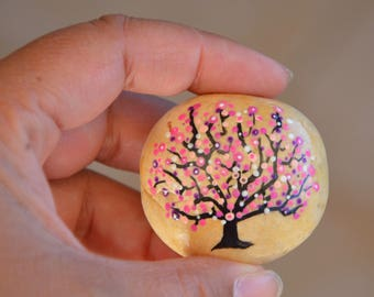 Painting on Pebble, tree of life in shades of pink