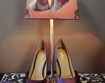 Light purple satin stiletto pumps