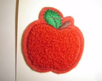 APPLE RED COAT