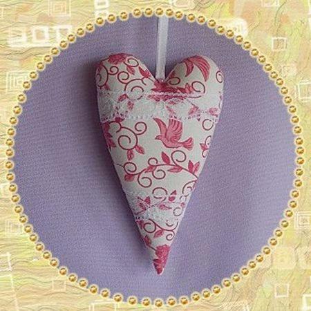 Coussin de porte coeur en tissu deco romantique deco murale for Decoration de porte en tissu